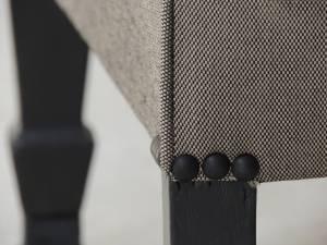 Clous noir mat