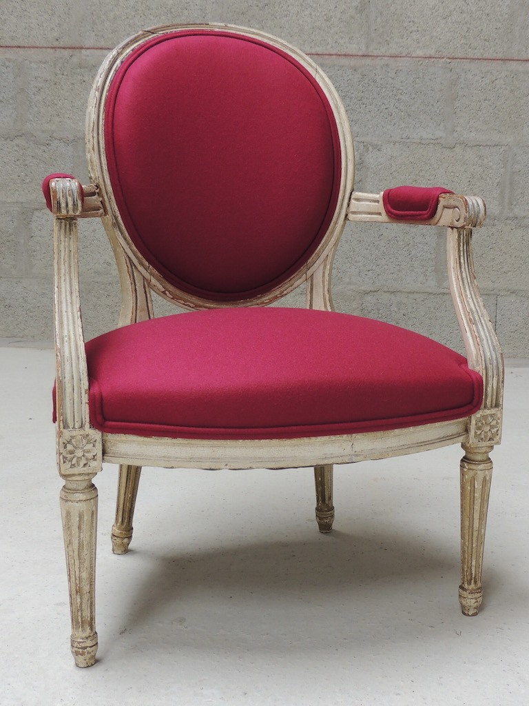 Fauteuil m daillon vanessa camisuli for Garage louis xvi nantes horaires